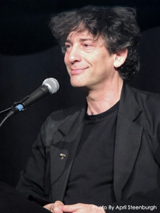 A smile from Neil Gaiman in the Saratoga Spring NY Ocean At The End Of The Lane tour